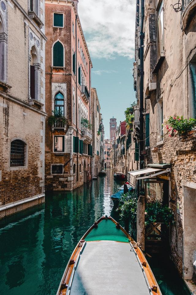 Tussenjaar: leer een taal in je favoriete stad